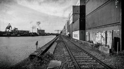 Niehler Hafen 6 (see more at architectural -> industrial)